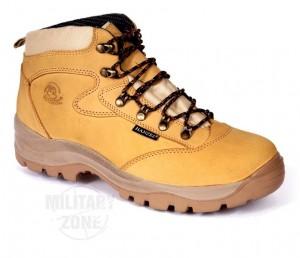 Buty myśliwskie trekkingowe odpowiednie są zarówno na polowania, jak i na piesze wycieczki po górach